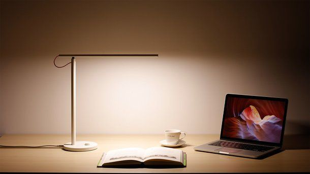Преимущества Xiaomi Mi Smart LED Desk Lamp